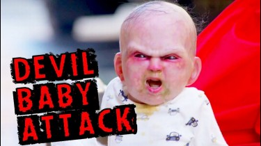 Video HD Child Devil Baby Prank 2014 Attack Abandoned Zombie Farsa Bebelus Robot Copil