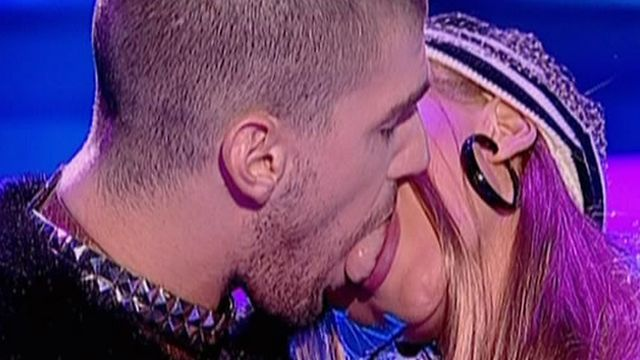 Perversa Anda Adam se saruta cu limba Te Cunosc De Undeva 1080p Lykke Li I Follow Rivers